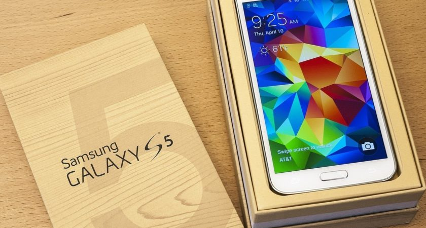 How Cheap Galaxy S5 Make An Evolution In Smartphone Market?